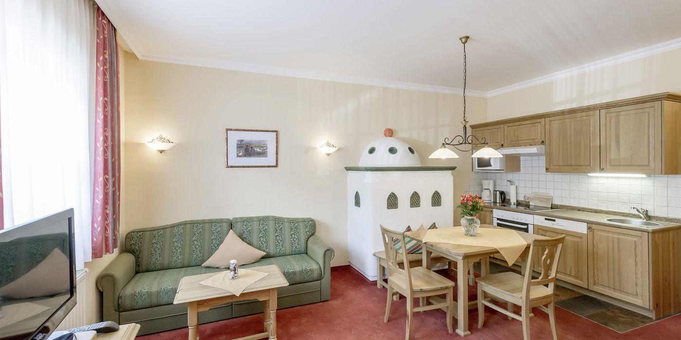"""Wohnküche im Appartement """"Die Tuxerin"""" in Kühtai"""