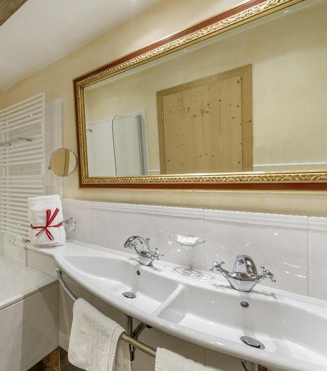 """Bathroom in the """"Die Fleckate"""" apartment"""