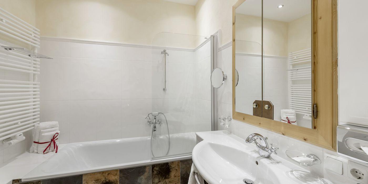 """Badezimmer im Appartement """"Die Tuxerin"""""""